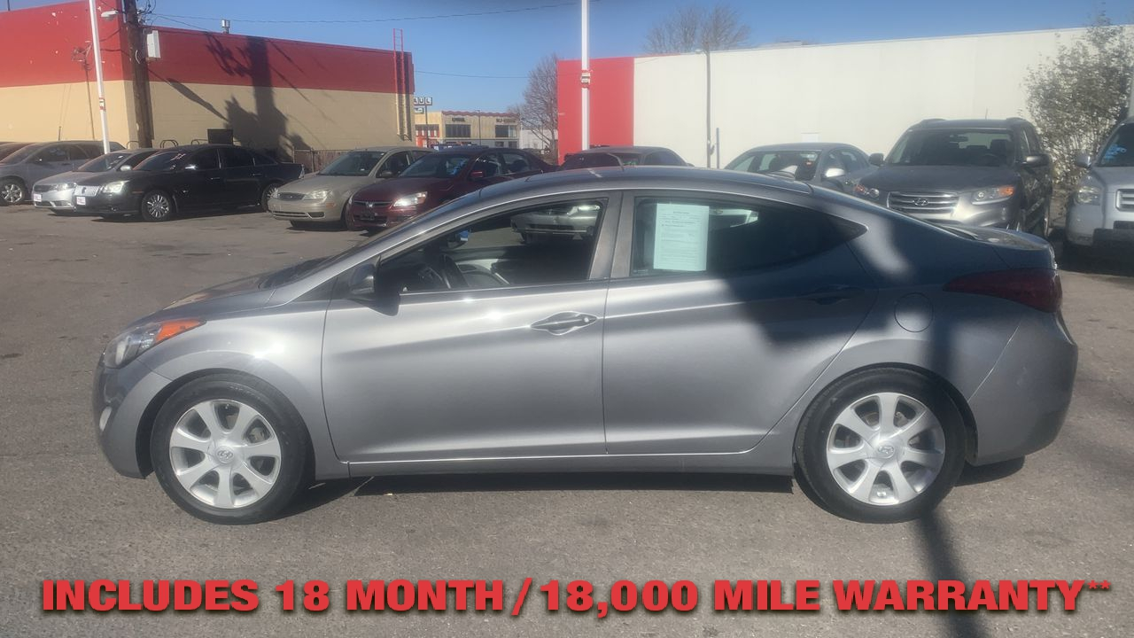 Pre-Owned 2011 HYUNDAI ELANTRA Limited Se
