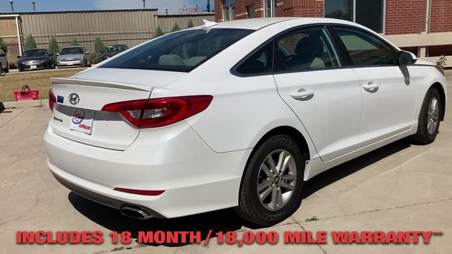 Pre-Owned 2017 HYUNDAI SONATA SE Sedan 4