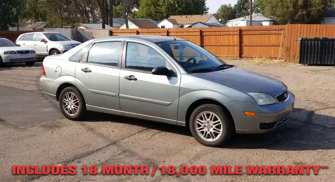 Pre-Owned 2006 FORD FOCUS ZX4 SE