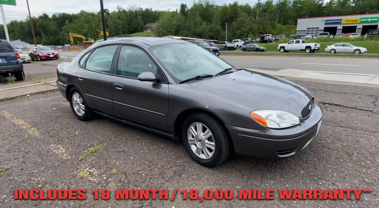 Pre-Owned 2005 FORD TAURUS SEL Sedan