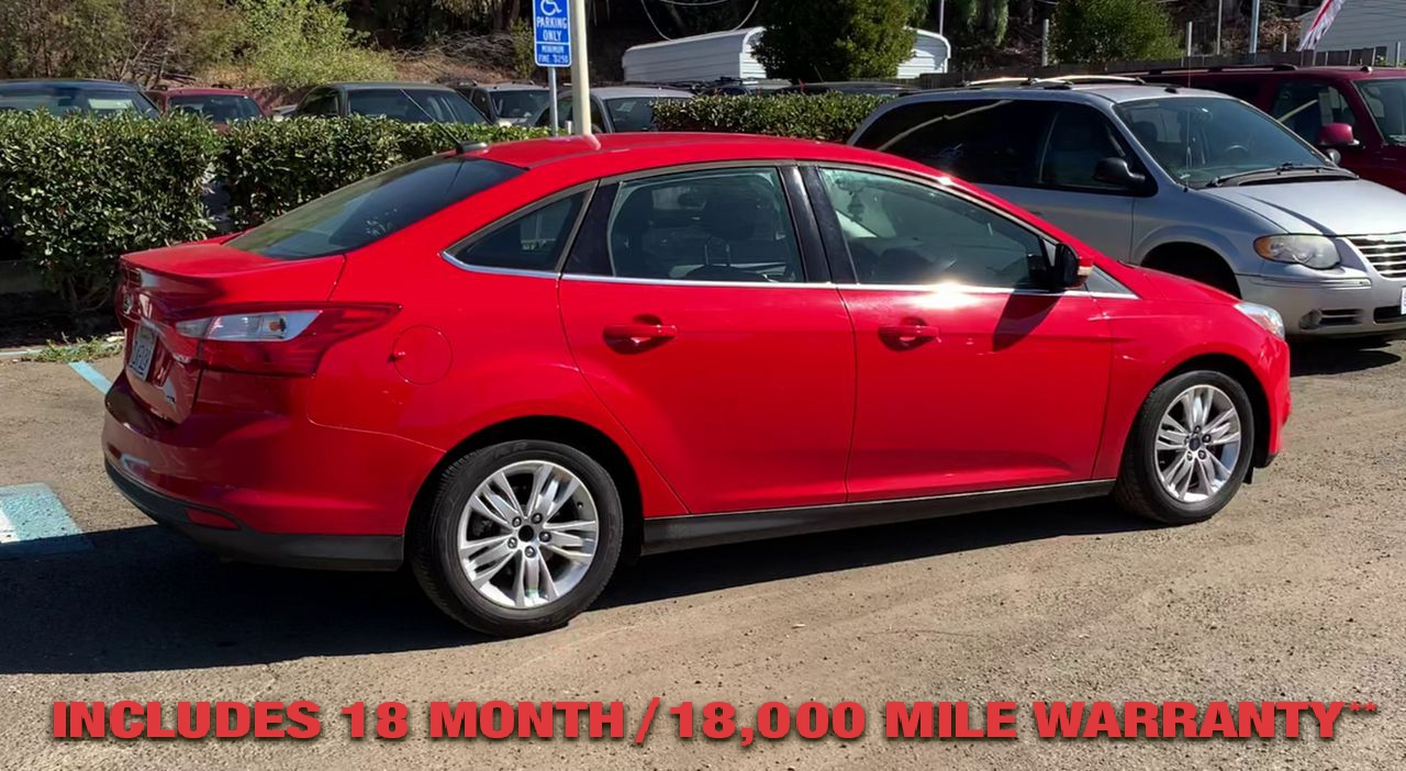 Pre-Owned 2012 FORD FOCUS SEL Sedan