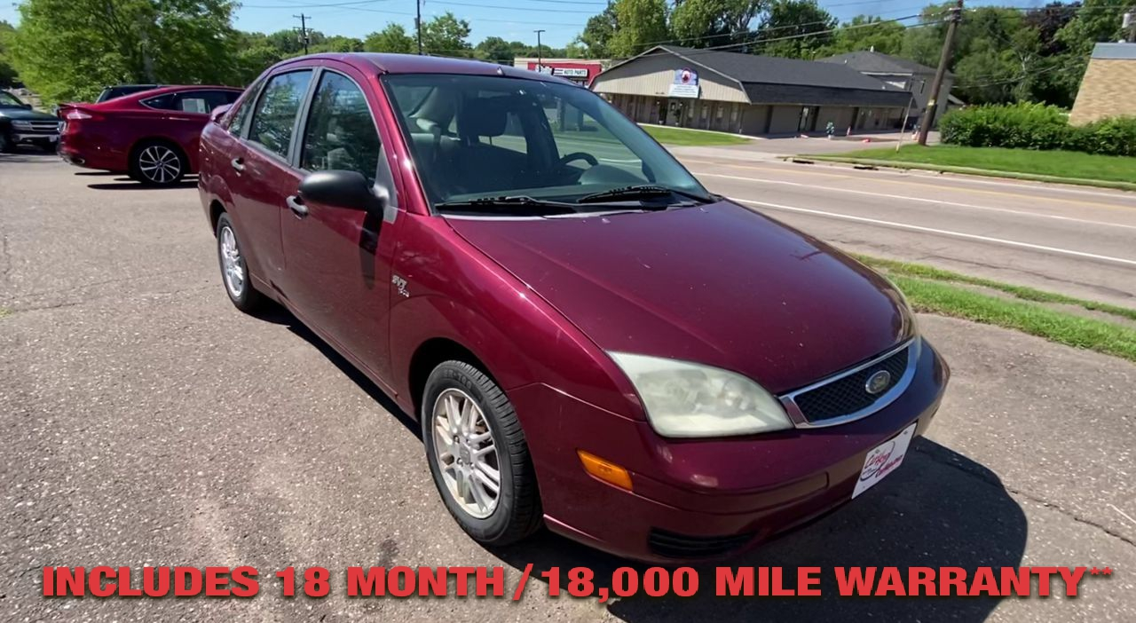 Pre-Owned 2006 FORD FOCUS ZX4 SES