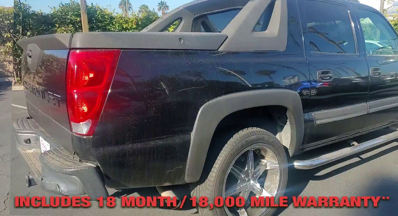 Pre-Owned 2005 CHEVROLET AVALANCHE LT Sport U