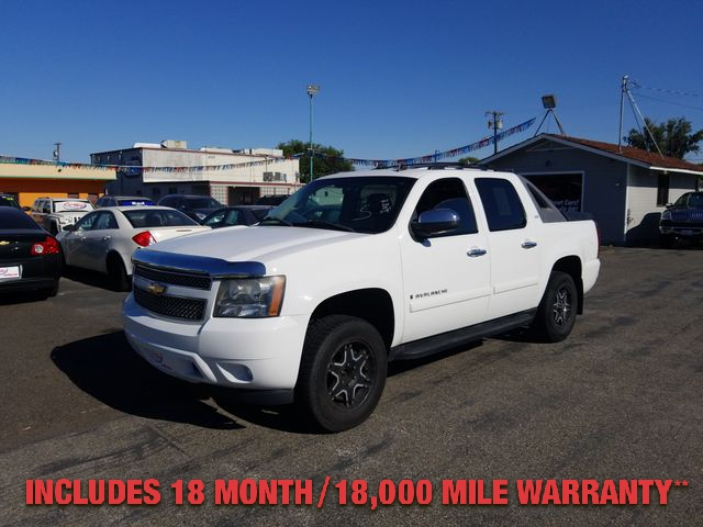 Pre-Owned 2008 CHEVROLET AVALANCHE LS 4WD