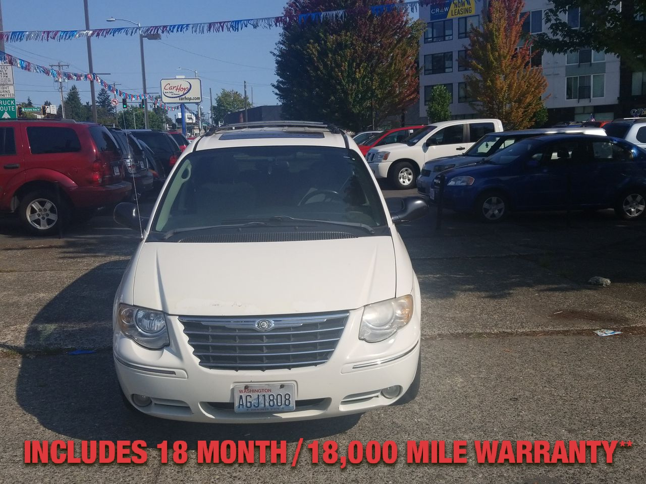 Pre-Owned 2005 CHRYSLER TOWN & COUNTRY Limited Mi