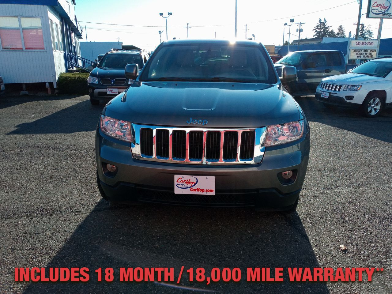 Pre-Owned 2011 JEEP GRAND CHEROKEE Laredo Spo