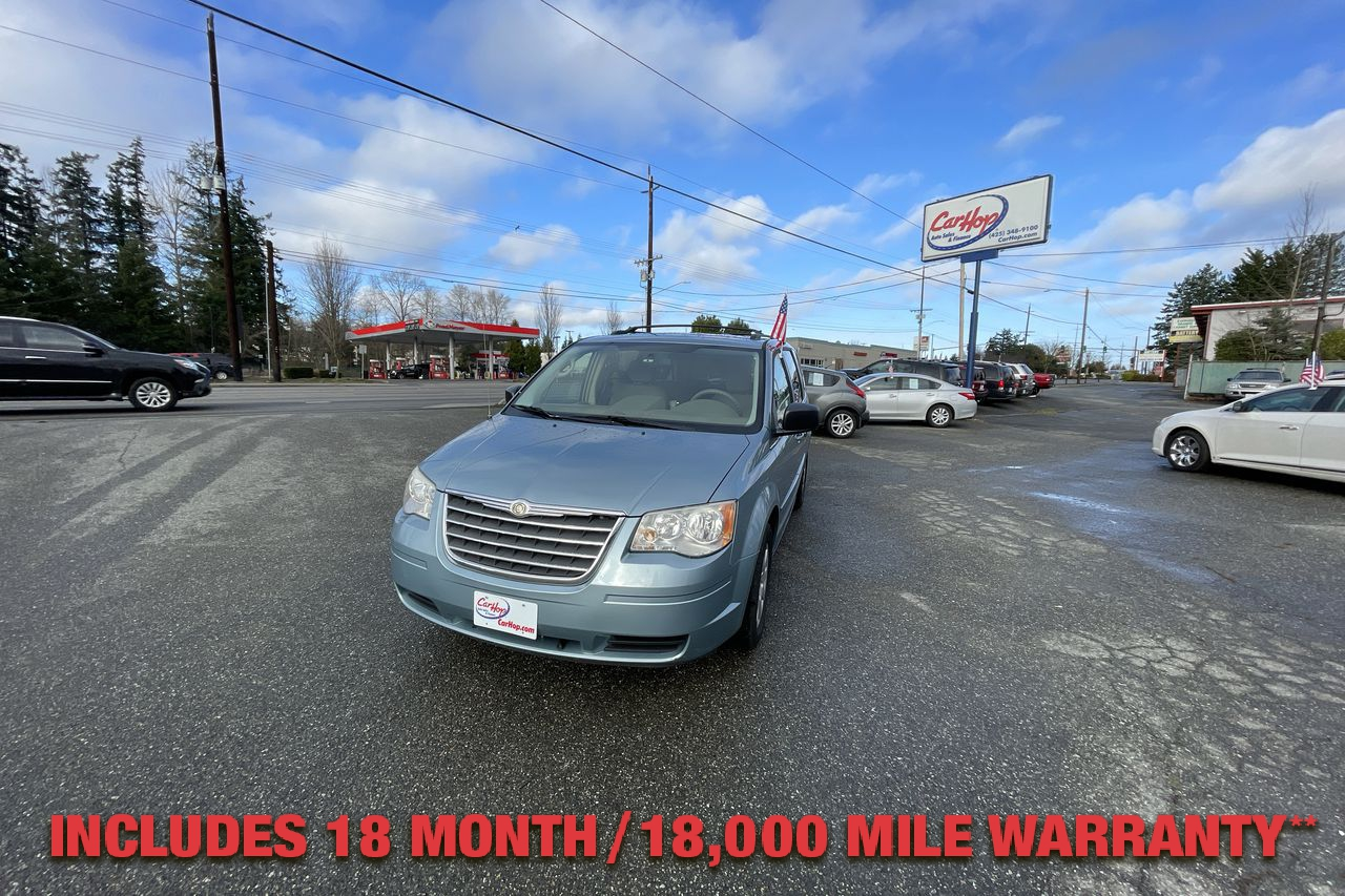 Pre-Owned 2010 CHRYSLER TOWN & COUNTRY LX Minivan